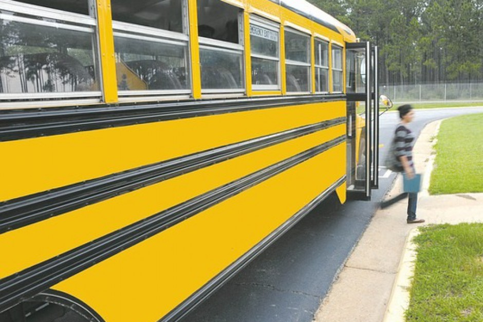 Sprawdź autobus, którym twoje dziecko jedzie na ferie