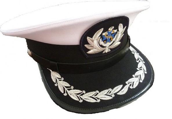 Ratownicy z Mazur w oryginalnych mundurach