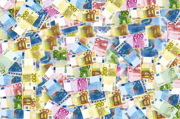 Spośród państw Unii Europejskiej Polska najszybciej wydaje pieniądze