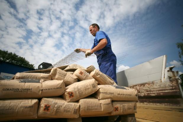 Cementownie: Śmieci nadają się na paliwo, a trafiają na wyspiska