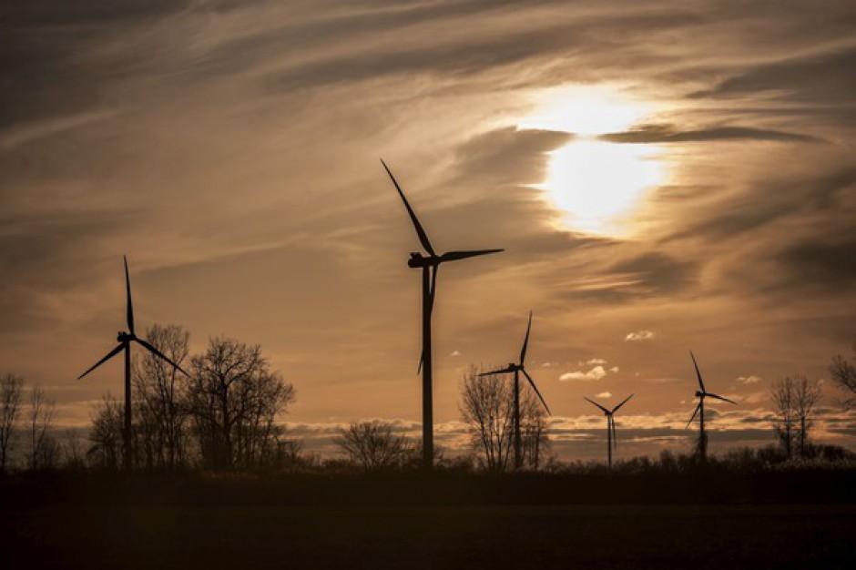 Debatowali o uciążliwości energetyki wiatrowej