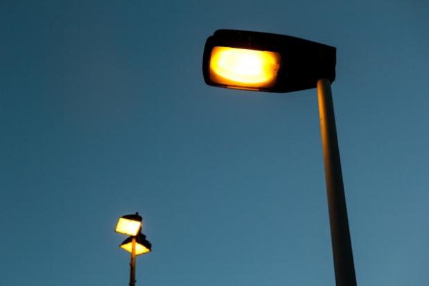 Łódź stawia energooszczędne latarnie uliczne