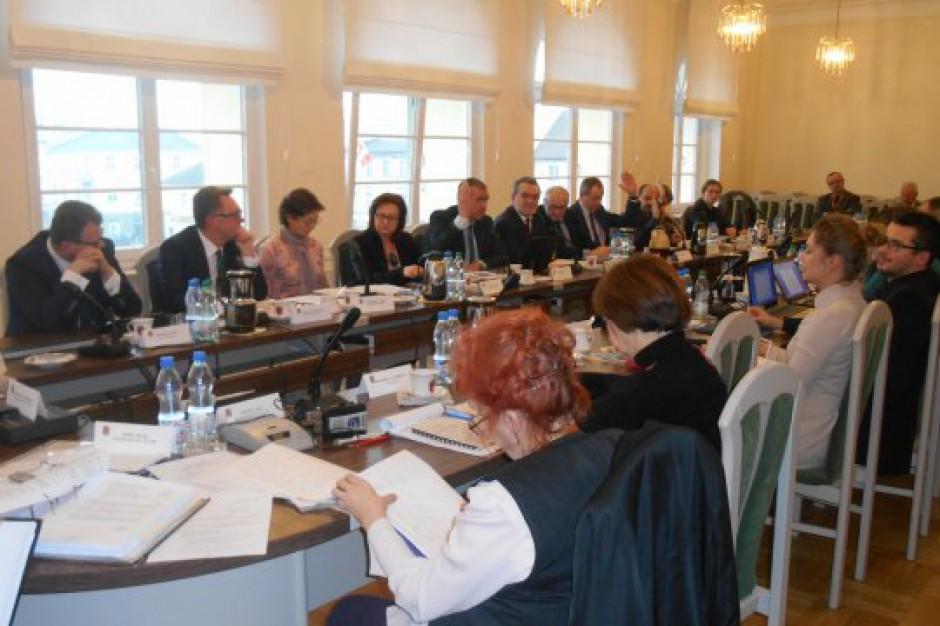 Budżet, inwestycje i spór o podatki, czyli sesja śremskiej rady