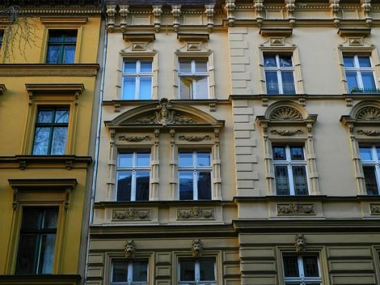 Zadłużeni lokatorzy z Olsztyna niechętnie odpracowują długi