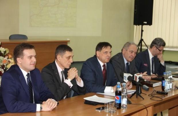 Starachowice: jeden przetarg na dwie najważniejsze inwestycje drogowe