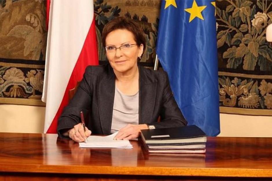 Premier Kopacz poucza urzędników, jak pracować