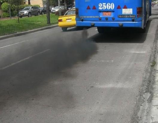Wstęp do centrum miasta tylko dla czystych aut?