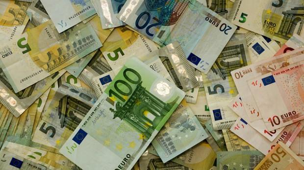 Prawie połowa wszystkich pieniędzy z Unii dla samorządów