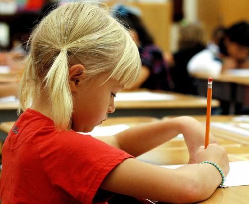 Koniec ze ściąganiem: System antyplagiatowy w szkołach sprawdzi zadania domowe uczniów