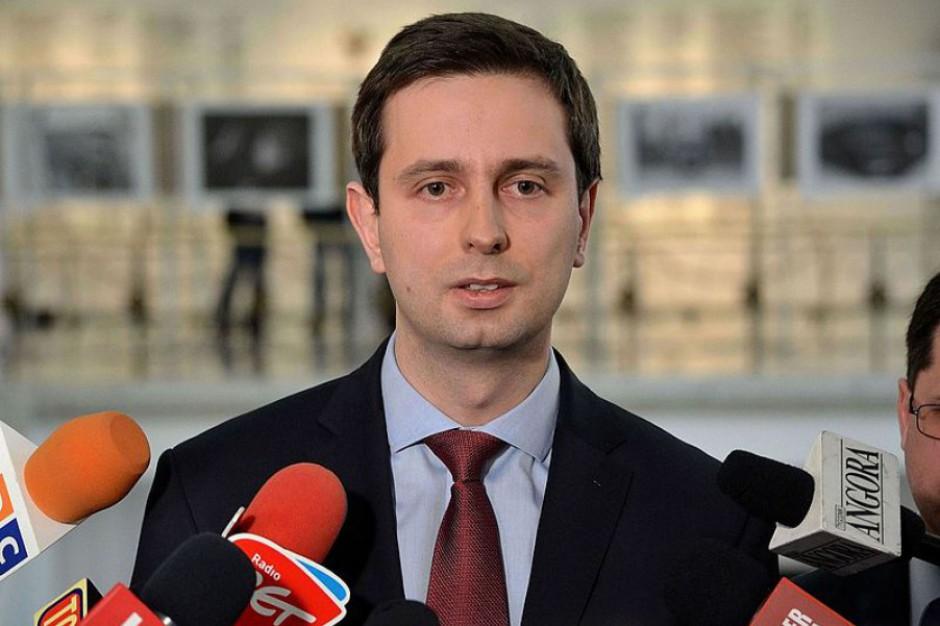 Władysław Kosiniak-Kamysz, MPiPS: Chcemy ułatwić i wydłużyć możliwość korzystania z urlopu ojcowskiego