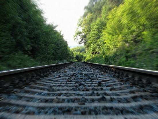 Koleje Mazowieckie najbardziej punktualne. A jak wypadają inni?
