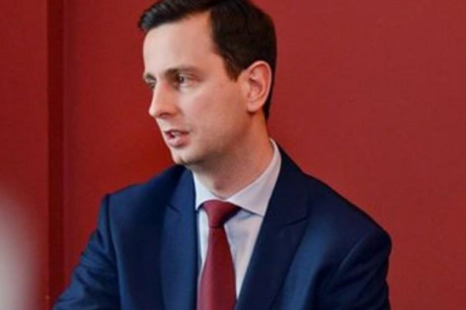 Władysław Kosiniak-Kamysz, MPiPS: Warto, by in vitro było dostępne dla tych, którzy długo starają się o dzieci