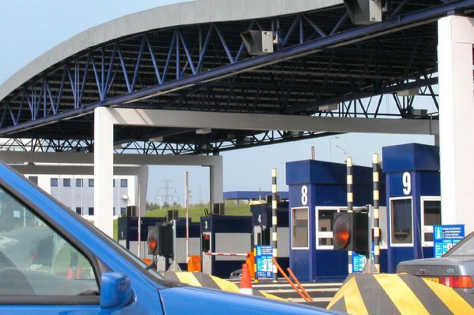 Na zaniechaniu prac nad elektronicznym systemem poboru opłat na autostradach państwo może stracić 900 mln zł rocznie