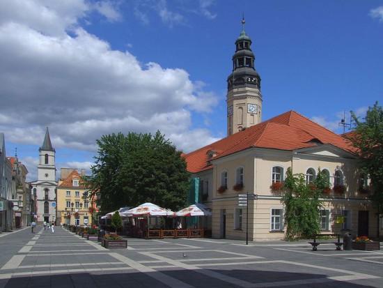 Na połączeniu miasta i gminy można zyskać 500 mln zł przez pięć lat