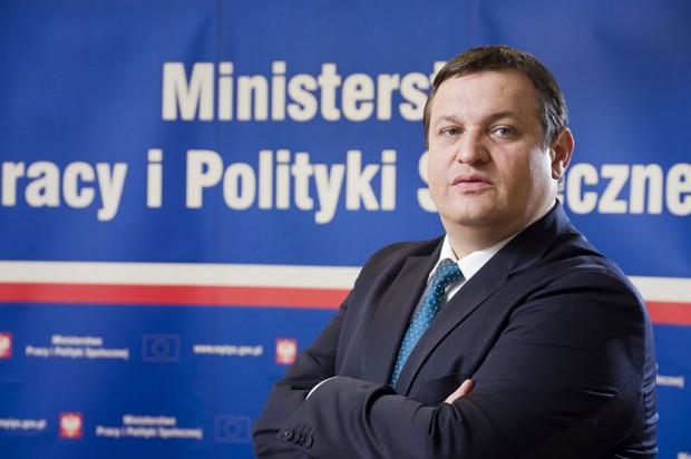 Jacek Męcina, MPiPS: Urzędy pracy muszą podjąć działania, by dostosować kwalifikacje do potrzeb rynku pracy