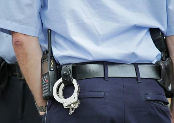Policjanci i strażnicy nie chcą iść na emeryturę bo im się to nie opłaca