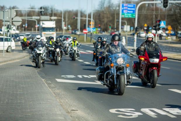 Łódź udostępnia buspasy dla motocyklistów