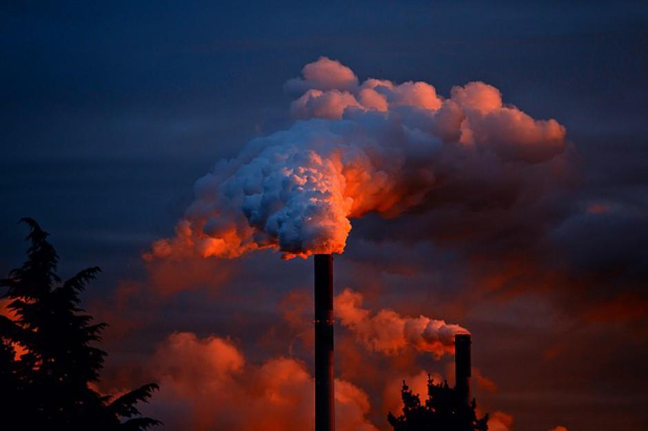 Radni chcą stałego monitoringu emisji zanieczyszczeń
