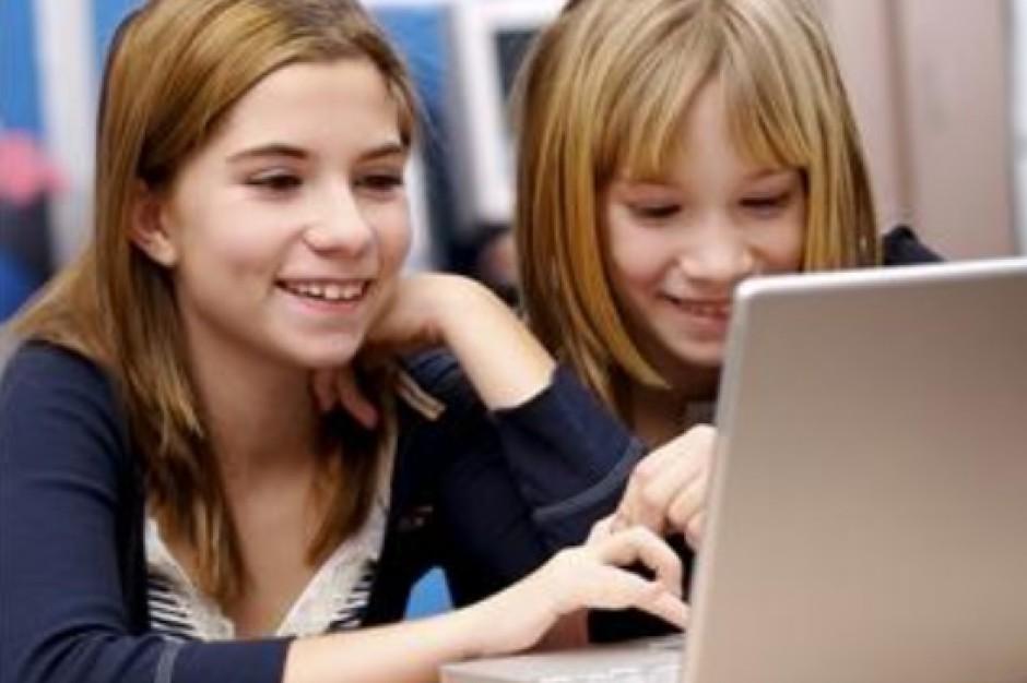 Cyfrowa szkoła nie wpływa na wyniki egzaminów