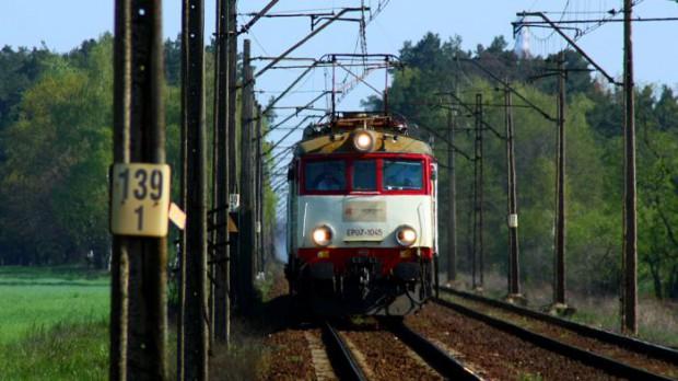 Będzie połączenie kolejowe z lotniskiem Mazury w Szymanach