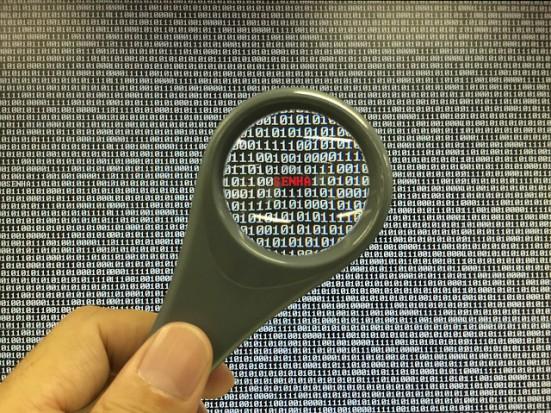 ABW ostrzega przed atakami hakerskimi na infrastrukturę teleinformatyczną