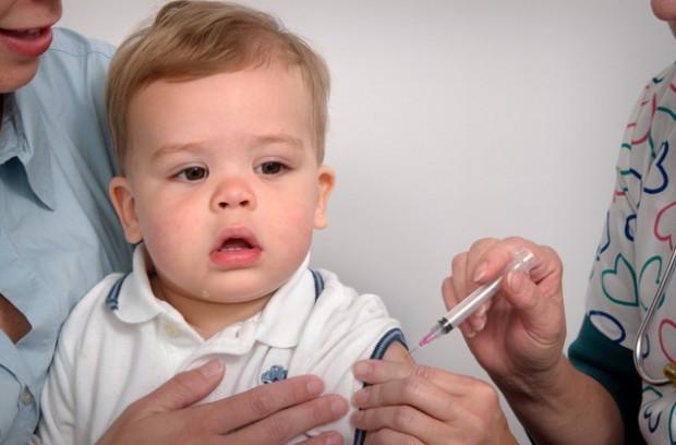 Rodzice, którzy nie szczepią dzieci zapłacą od 100 zł do 5 tys. zł kary