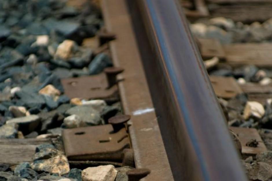 Podróżowanie koleją coraz bezpieczniejsze