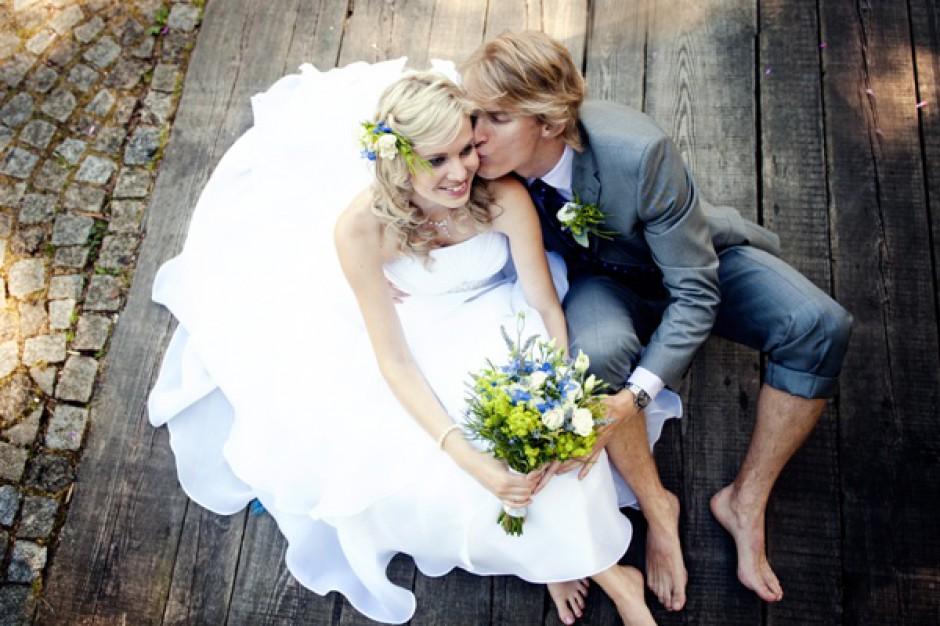 Ślub w plenerze za drogi?