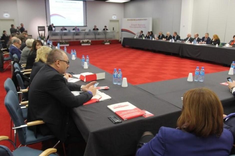 Konwent Marszałków o aktualnych problemach samorządów
