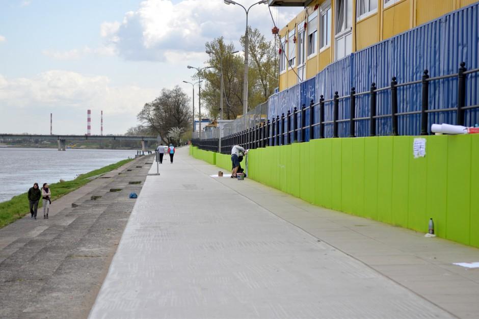 Warszawa: Brzeg Wisły nabiera kolorów