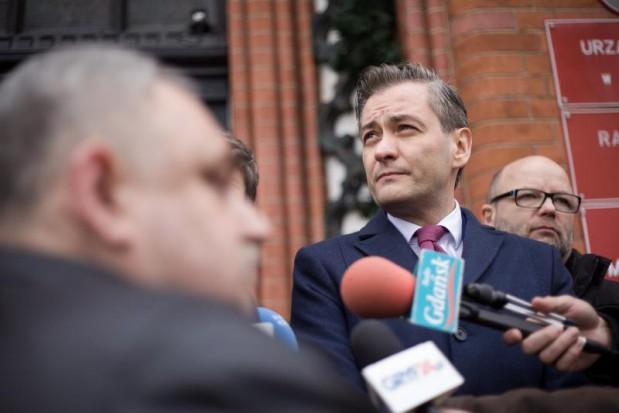 Robert Biedroń donosi do CBA na b. wiceprezydenta