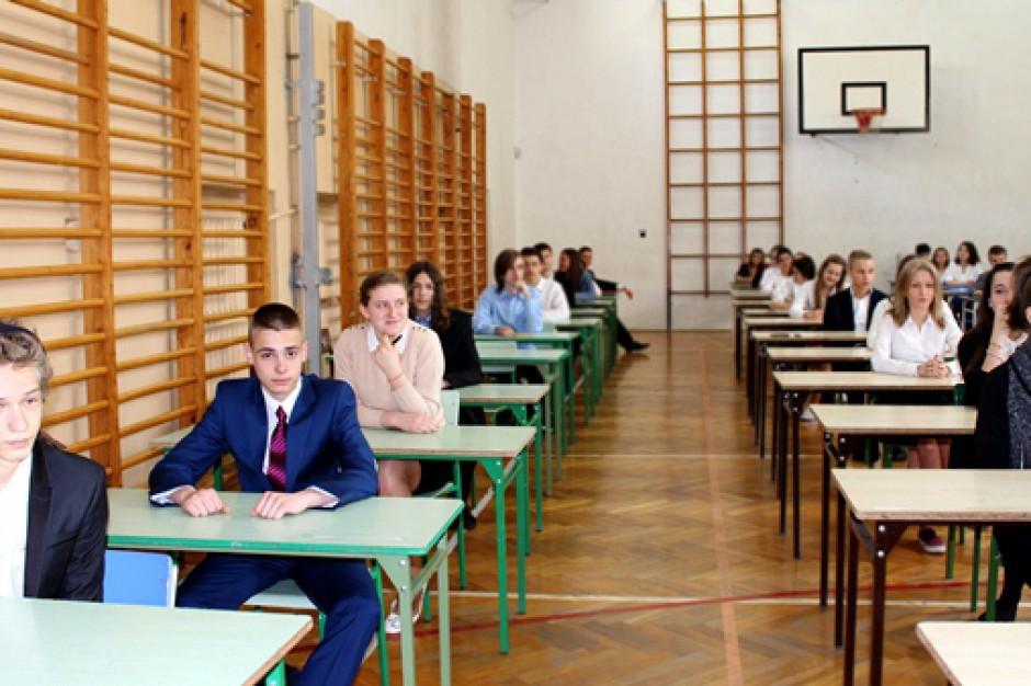 Matura 2015: Po majówce rozpoczynają się egzaminy maturalne