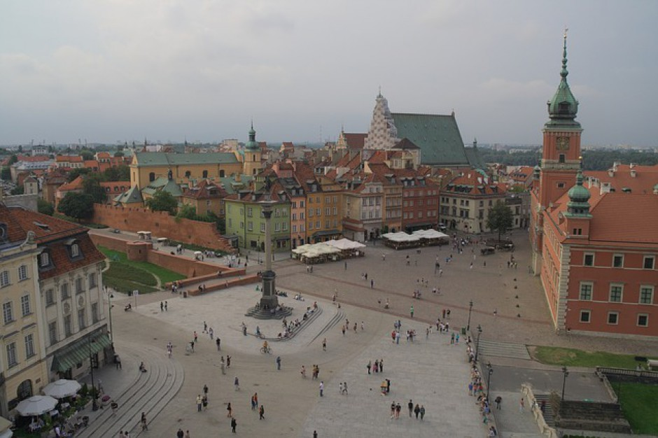 Majówka w Warszawie pod znakiem manifestacji i imprez sportowych