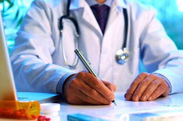 Lekarz może skreślić agresywnego pacjenta z listy