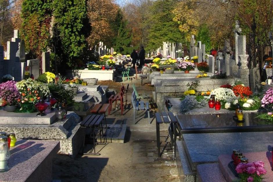 Setki osób mogło zostać potajemnie pochowanych na Cmentarzu Bródnowskim