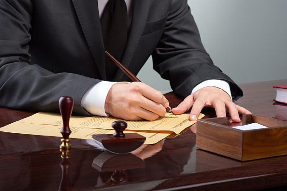 Darmowa pomoc prawna tak, ale nie kosztem samorządów