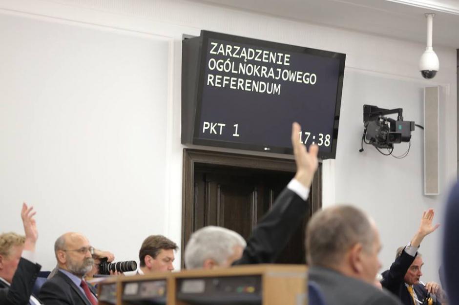 Senat zgodził się na refenrendum m.in. w sprawie JOW-ów