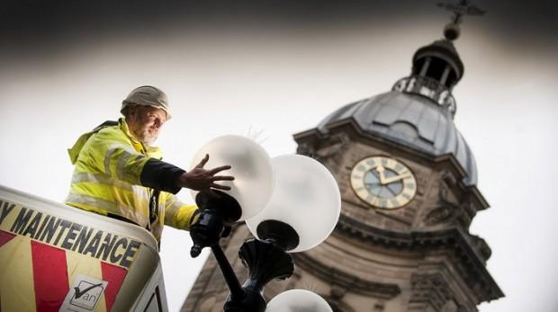 Jedna firma przejmuje usługi komunalne w gminie