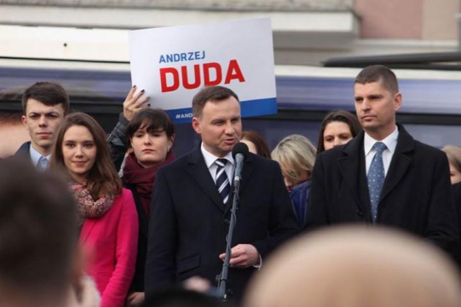 Wybory prezydenckie 2015: Samorządowcy z PiS powinni zapewnić dobry kontakt z Andrzejem Dudą