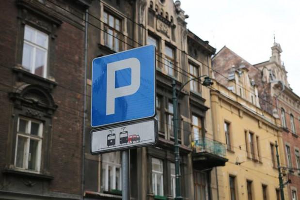 """Kraków: Rusza kampania MPK i straży miejskiej """"Wystarczy jeden metr"""""""