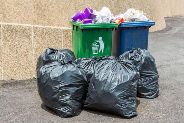 Metod ustalania opłat za śmieci nie można łączyć