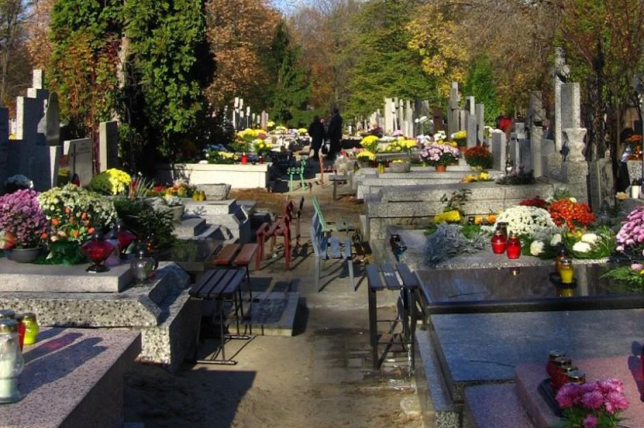 Ustawa o cmentarzach przeszkodzi w pracach na cmentarzu Bródnowskim?