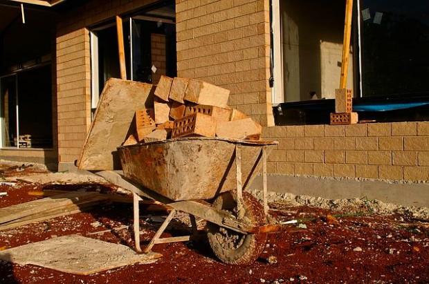 Nowelizacja Prawa budowlanego: Nie trzeba pozwolenia na budowę domu jednorodzinnego