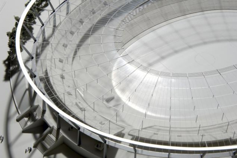Można zobaczyć jak będzie instalowany dach na Stadionie Śląskim