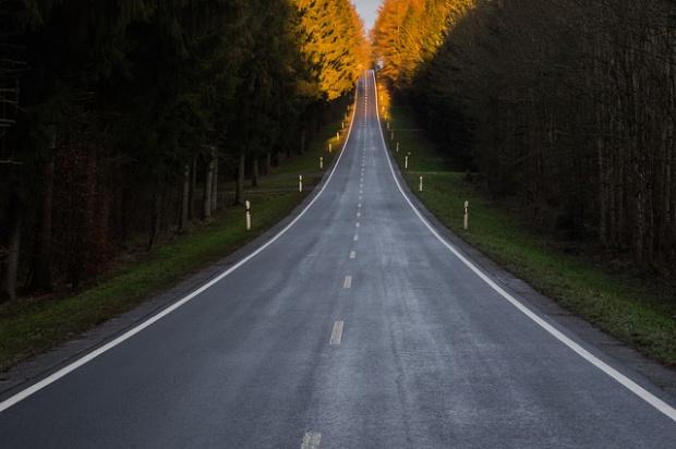 Lubelskie: Samorządy z dotacjami na budowę dróg