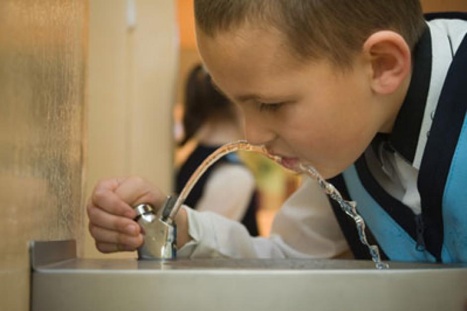 Gdańsk, akcja Pij wodę z kranu: poidełka w szkołach