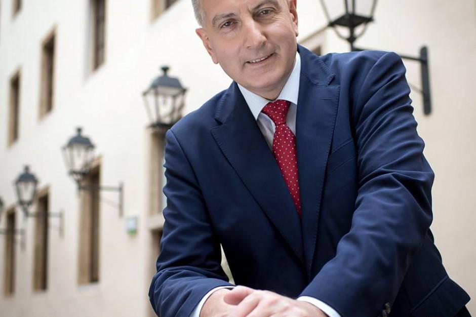 Prezydent Wrocławia cieszy się z absolutorium