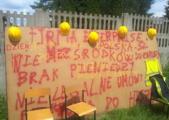 Protest przy budowie ratusza w Konstancinie-Jeziornie
