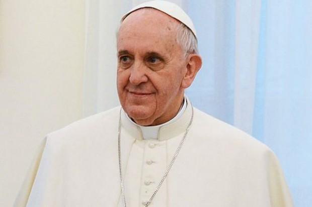Papież nie chce zwiedzać polskich miast. Odwiedzi tylko Kraków