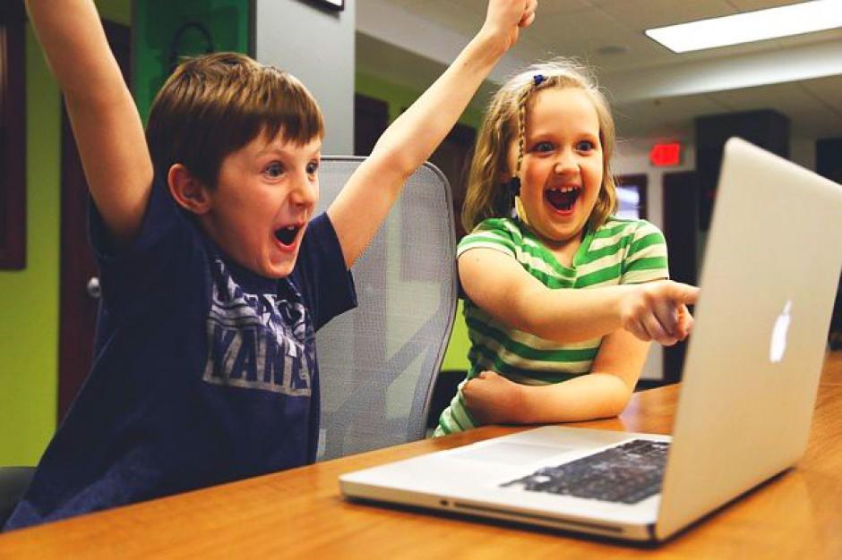 Blisko 4 mln zł na przyłączenie internetu dla szkół i bibliotek